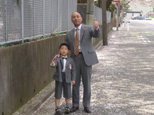入学式に親子でお揃いのオーダースーツ-1
