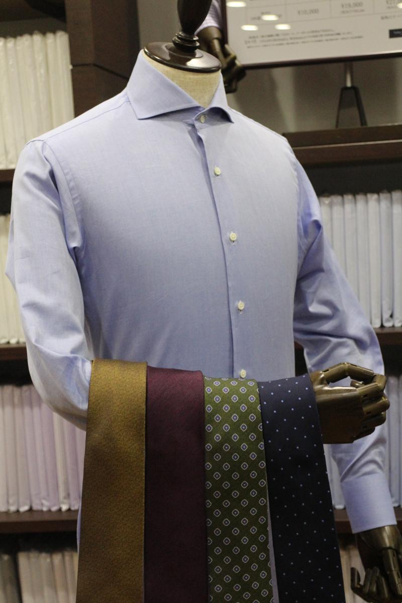 ロイヤルオックスのブルー100双Sシャツ生地