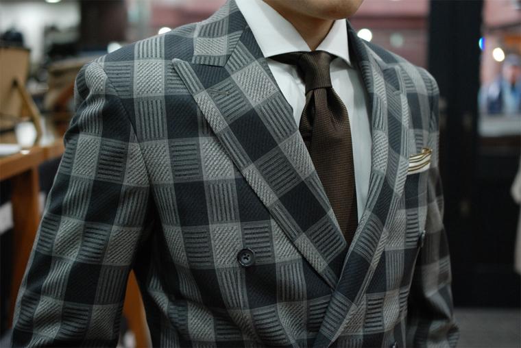 check-suit-001