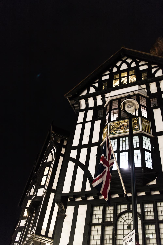 リバティー百貨店 ロンドン LIBERTY LONDON