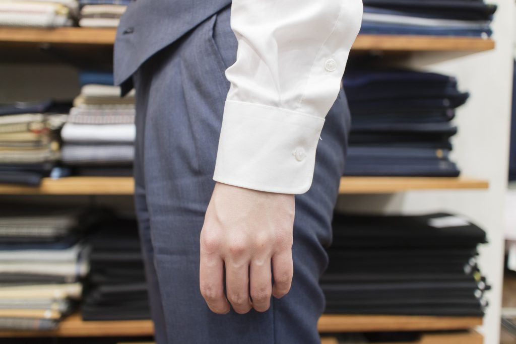 オーダーシャツ 袖丈 長さ 目安-1