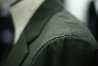 オリーブグリーンスーツの仕上がり-2