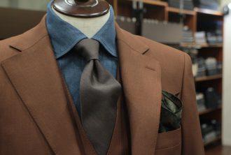 ブラウン,テラコッタ,スーツ